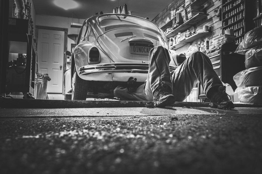 4 Types of Car Dealerships